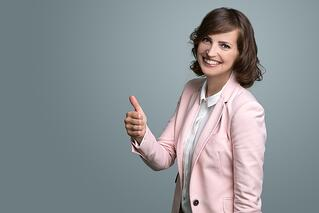 iStock_businesswoman_thumbs_up.jpg
